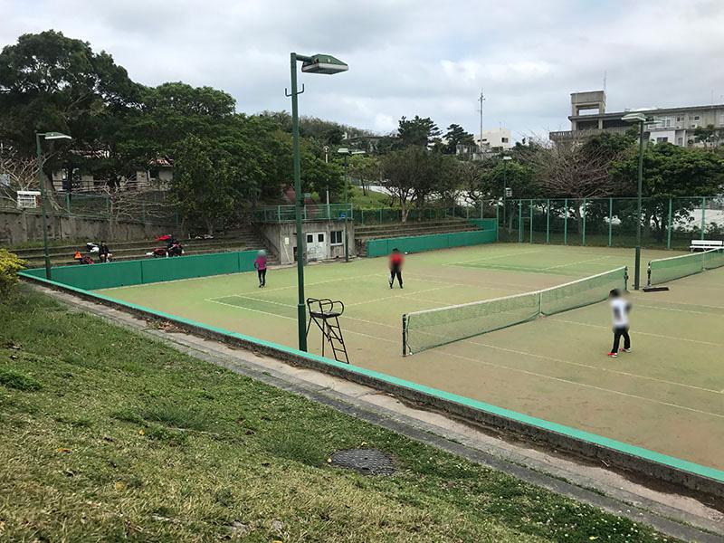 宮城公園のテニスコート