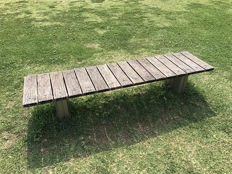 見守りに最適なベンチ