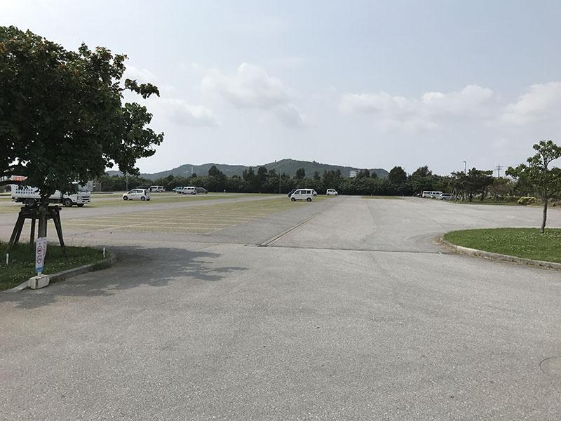 西原マリンパークの南駐車場