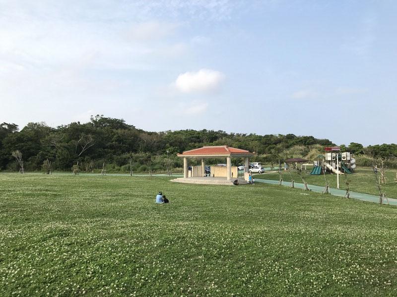 大里城址公園の広場エリア
